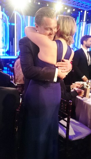 3005A8EF00000578-3393495-Never_let_go_Rose_Kate_Winslet_and_Leonardo_DiCaprio_hugged_it_o-a-42_1452499536080