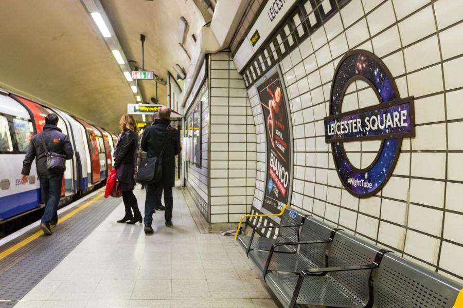 leicestersqnighttube1811a